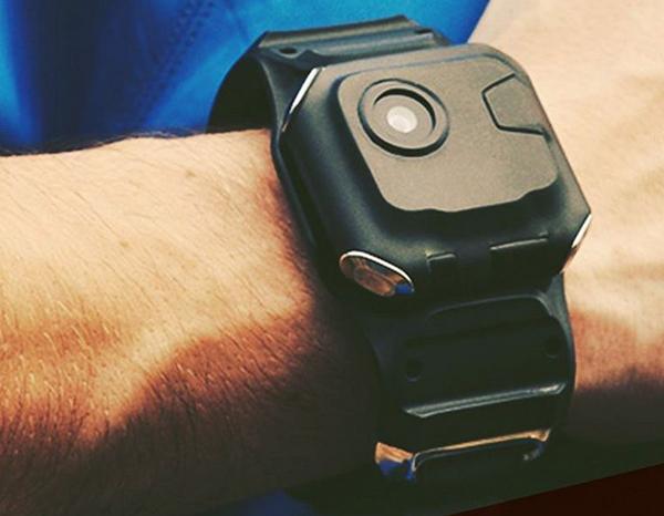 Frodo กล้องถ่ายรูปสไตล์นาฬิกาข้อมือ ที่คุณสามารถแชะ & แชร์ได้ทันที