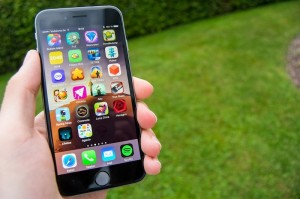 iphone-6-with-game-apps