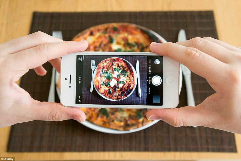 5 วิธีถ่ายรูปอาหารด้วยกล้องมือถือให้สวยงามและน่ากิน