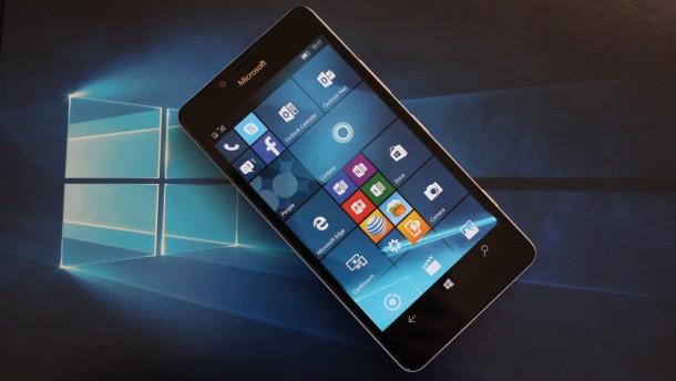 Microsoft เริ่มปล่อยอัพเดท Windows 10 mobile อย่างเป็นทางการแล้ว
