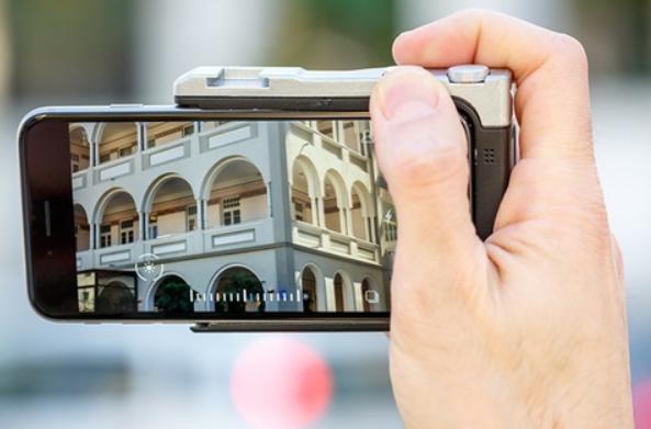 Pictar อุปกรณ์เสริมที่ช่วยให้การถ่ายภาพบน iPhone เหมือนกล้อง DSLR