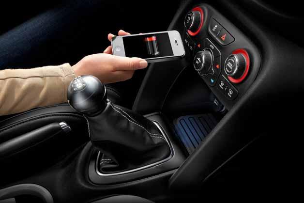 4 วิธีการเลือกที่ชาร์ตแบตมือถือในรถให้ปลอดภัย
