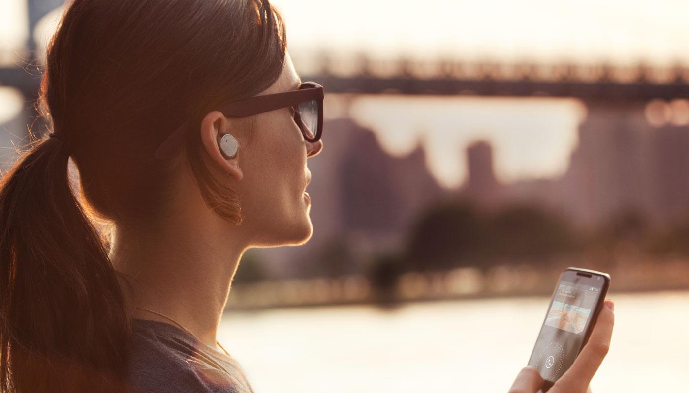 สิทธิบัตรใหม่ของ Apple สื่อสารแบบ Walkie-Talkie ได้ด้วยการใช้หูฟังที่เชื่อมต่อกับ iPhone