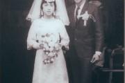 [คลิป]คลิปซึ้งๆอีก100ปีก็จะแต่งงานกับเธอคนเดิมแต่งงานอีกครั้งก็ยังเป็นเธอ