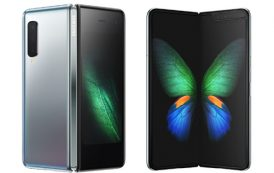 Samsung Galaxy Fold สมาร์ทโฟนพับได้รุ่นแรกในไทย จัดกล้องเน้นๆ 6 ตัว หน้าจอใหญ่พับได้